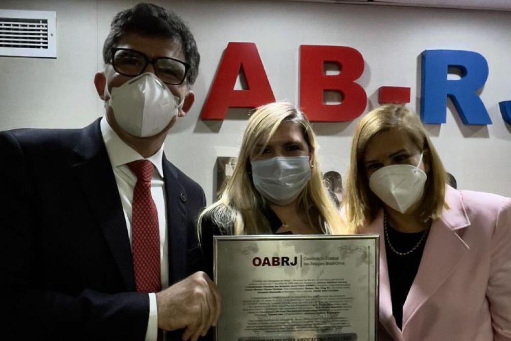 Luciano Bandeira, Giselle Farinhas e Ana Teresa Basílio