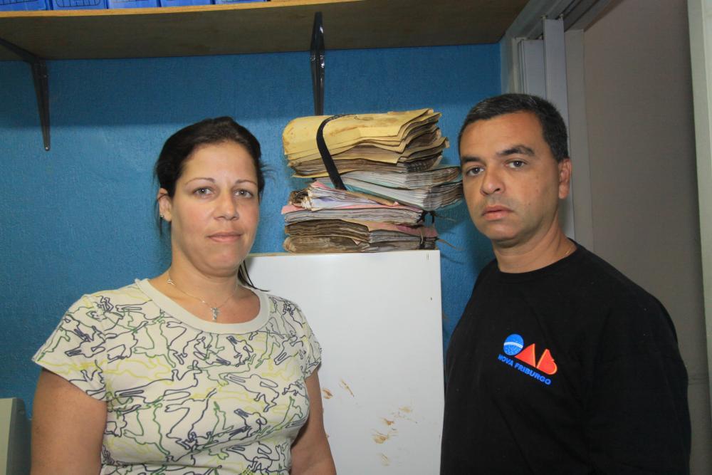 A advogada Larissa Costa e Carlos André Pedrazzi / Foto: Lula Aparício