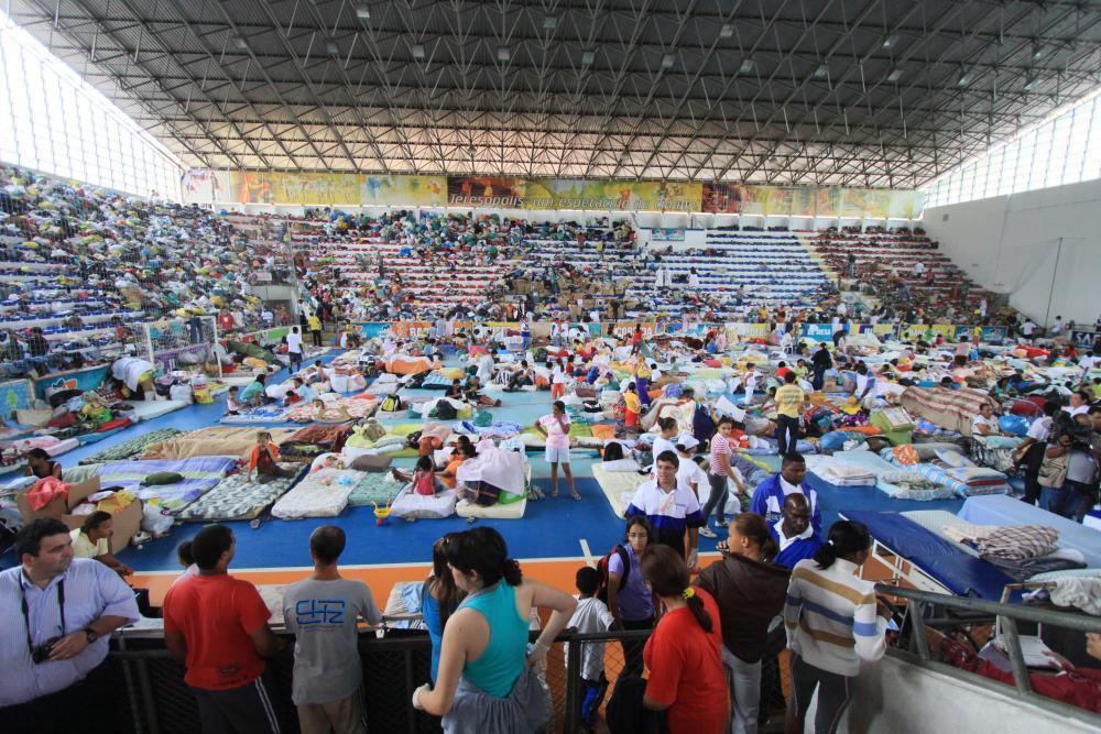 Ginásio que serviu de abrigo às vítimas da cidade de Teresópolis / Foto: Lula Aparício
