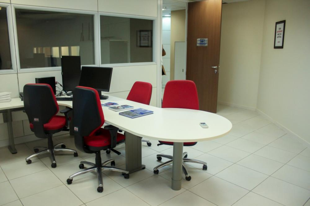 Sala da Advocacia na sede da Jucerja / Foto: Bruno Mirandella