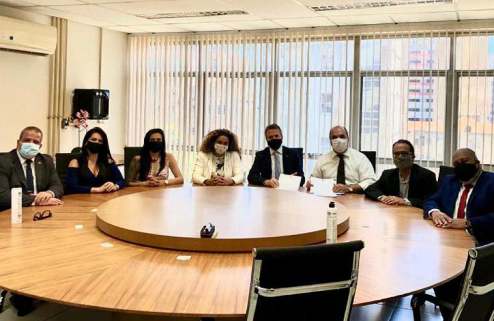 Presidente da Comissão de Prerrogativas, Marcello Oliveira, reuniu-se com o corregedor da Polícia Civil em exercício, Sérgio Lomba
