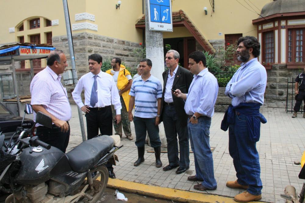Diretores da OABRJ e das subseções reuniram-se com diversas autoridades, entre elas o vice-governador Pezão / Foto: Lula Aparício