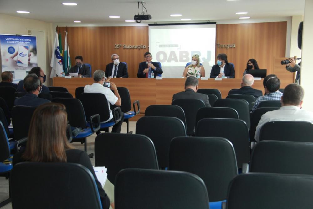 Primeiro encontro com os presidentes das subseções em 2021 reuniu representantes da Região Metropolitana / Foto: Bruno Marins