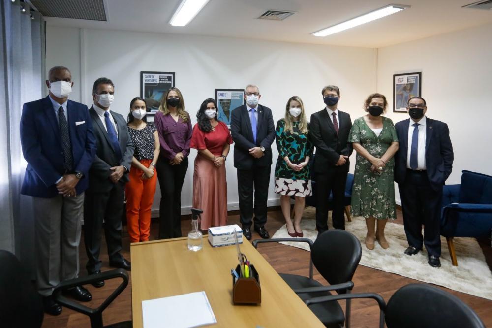 Diretoria da Caarj e representantes da OABRJ na inauguração do espaço / Foto: Flávia Freitas